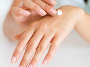 Ta hand om huden med hemmagjord ansiktsmask